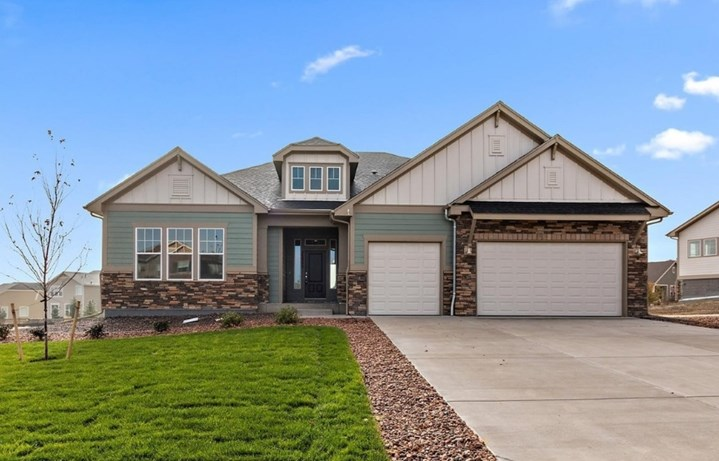 New home at 23300 E. Rockinghorse Pkwy by David Weekley in Inspiration